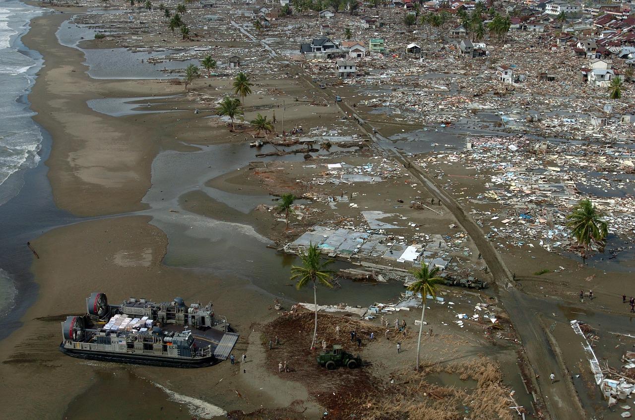 Daño que causa un tsunami