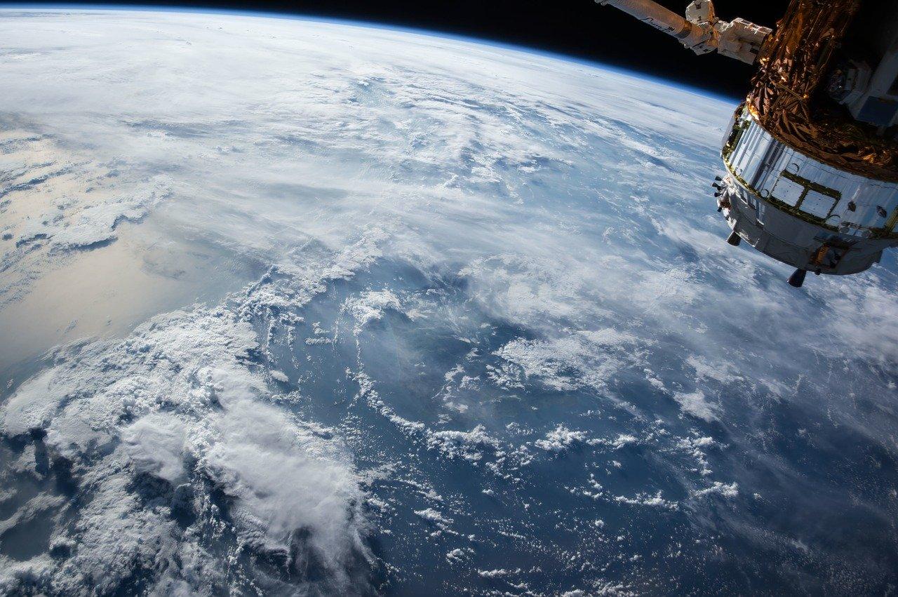 Satelite de la Tierra